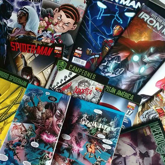 Pack grapa Marvel de diciembre