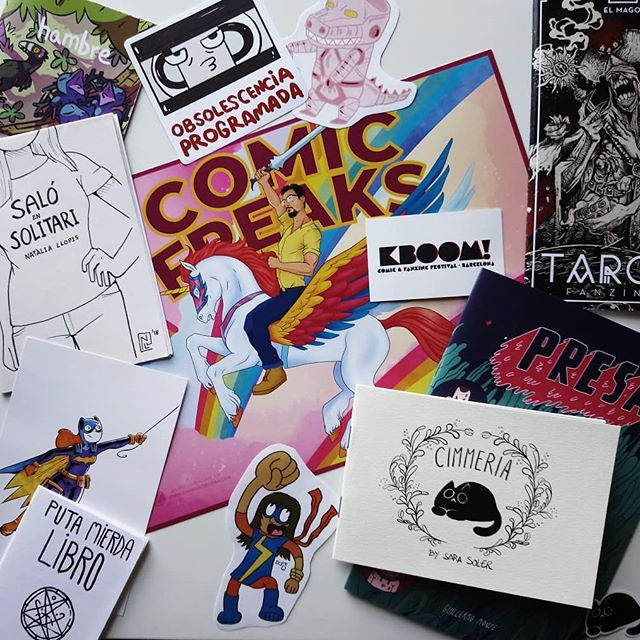Súper ultra mega pack fanzines, láminas y regalitos del KBOOM!